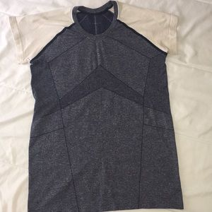 Oiselle running top